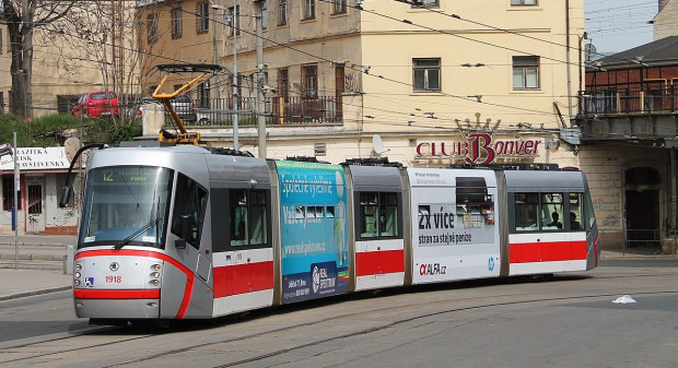 Tramwaj w Brnie, stolicy kraju południowomorawskiego.