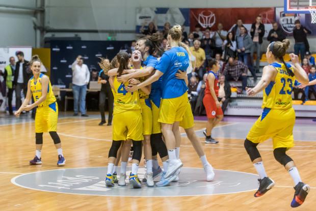 20 zwycięstw i ani jednej porażki to wynik, dzięki którym koszykarki Arki Gdynia zostały mistrzem sezonu zasadniczego Energa Basket Ligi Kobiet.