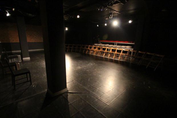 Większość trójmiejskich teatrów nie będzie grać na pewno do końca marca (jak Teatr Gdynia Główna, na zdjęciu). Czas ten może się jednak wydłużyć, w zależności od sytuacji na Pomorzu i w kraju.