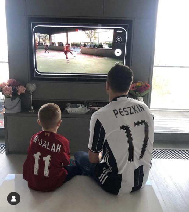 Sławomir Peszko z synem.