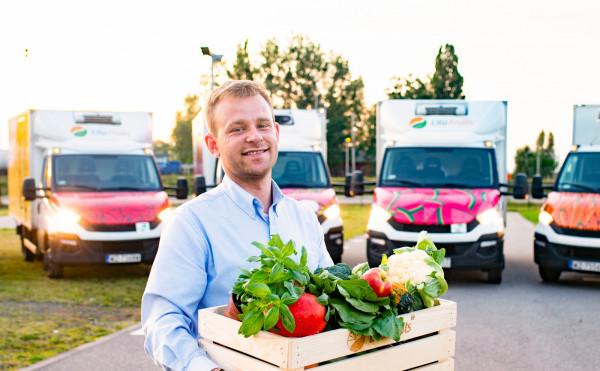Dostawa owoców i warzyw do domu jest bezpieczna, nie wymaga wychodzenia do sklepu i pozwala na ograniczenie kontaktu z osobami z zewnątrz do minimum.