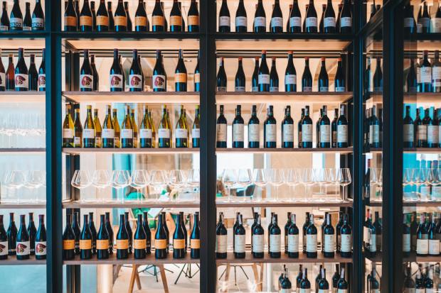 W kategorii win ekologicznych mieszczą się różne typy win, nazywanych organicznymi, biodynamicznymi, naturalnymi czy pochodzącymi ze zrównoważonej uprawy.