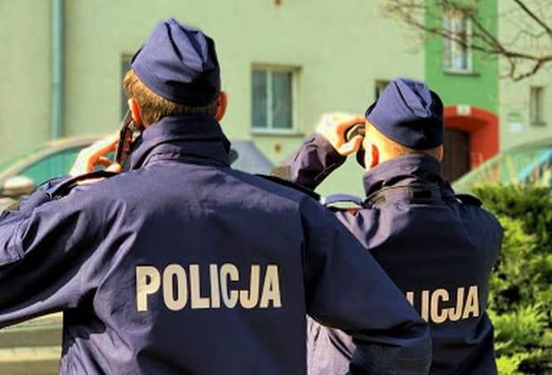 Podczas ostatniej doby policjanci z Gdańska skontrolowali ponad tysiąc adresów, pod którymi miały przebywać osoby objęte kwarantanną.