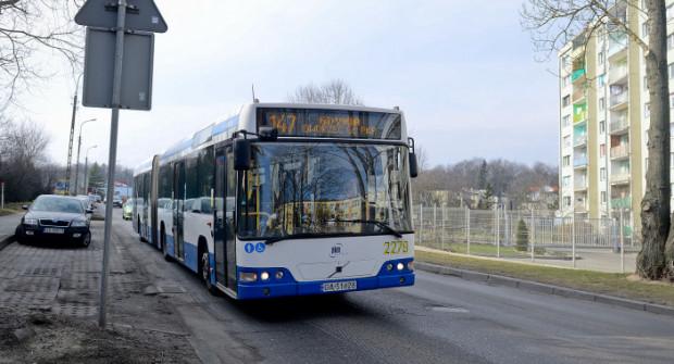 Koronawirus spowodował zmiany w kursowaniu komunikacji w Trójmieście, w tym także w Gdyni.