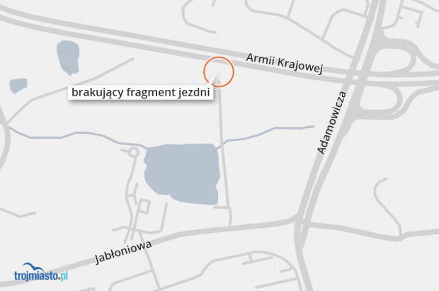 Brakujący fragment jezdni między ul. Węgrzyna a Armii Krajowej.