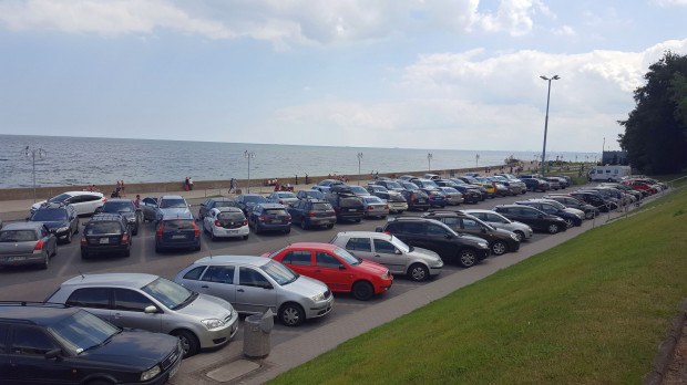 Gdynia nie przewiduje póki co zamknięcia parkingu przy bulwarze czy molo w Orłowie.