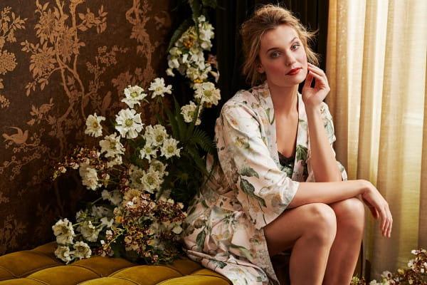 Ubrania, które nosimy w domu, mogą być atrakcyjne, komfortowe, wykonane z wysokiej jakości materiałów.