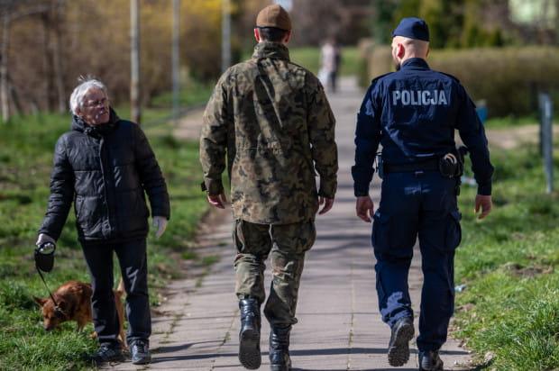 Członków WOT oddelegowano do pomocy policji kilka dni temu.