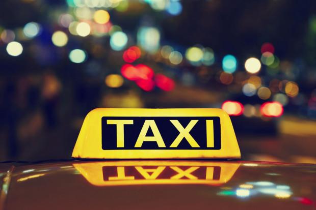 Norweg zapłacił za przejazd dwoma taksówkami ponad 11 tys. zł.