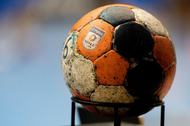 PGNiG Superliga ogłosiła, że po przedwczesnym zakończeniu sezonu, nie będzie spadków. Czy w kolejnych rozgrywkach nadal będzie 14 zespołów, czy jednak najlepsi I-ligowcy dostaną szansę gry w elicie?