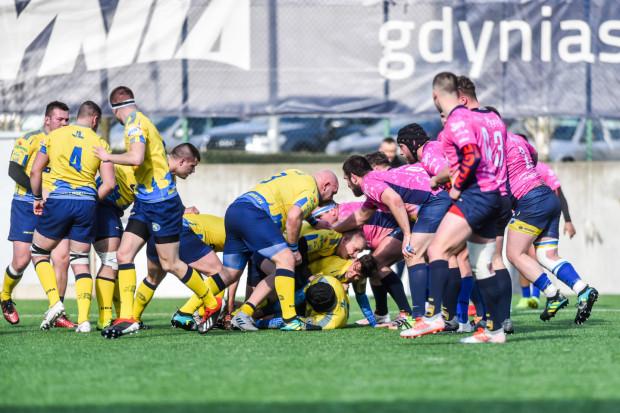 W tym roku z trójmiejskich drużyn tylko Arka Gdynia i Ogniwo Sopot rozegrały mecz w ekstralidze rugby. Derby odbyły się na inaugurację wiosennych rozgrywek.