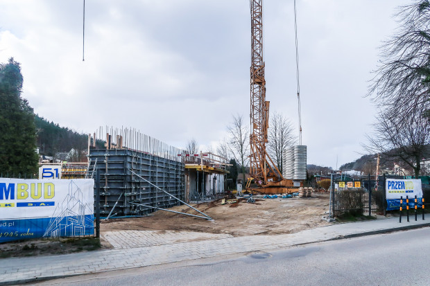 Rozbudowa Szkoły Amerykańskiej przy ulicy Łowickiej.