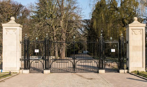Gdańsk zamknął bramy wejściowe do parku Oliwskiego, Chirona i Oruńskiego.