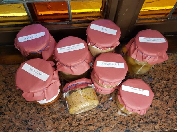 Dania w słoikach od Winnego Grona przypadną do gustu zwłaszcza fanom mięsnych potraw.