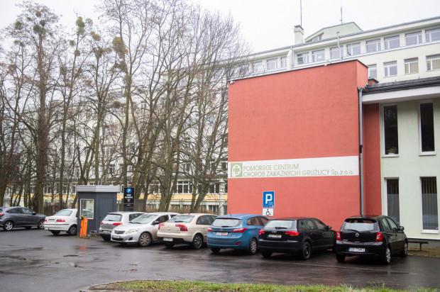 Po wykryciu koronawirusa u jednego z lekarzy Pomorskiego Centrum Chorób Zakaźnych i Gruźlicy w Gdańsku szpital zawiesił przyjmowanie nowych pacjentów.