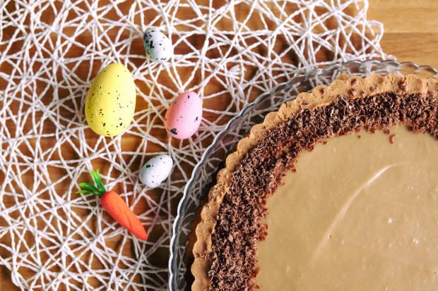 Wiele cukierni przygotowuje specjalne, świąteczne menu, w którym znajdziemy wielkanocne baby, mazurki, serniki i torty.