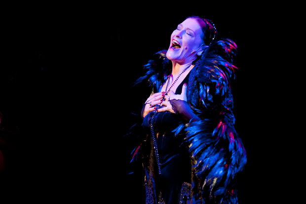 Dorota Kowalewska stworzyła niezapomnianą tytułową kreację Evity w musicalu Teatru Muzycznego w Gdyni.