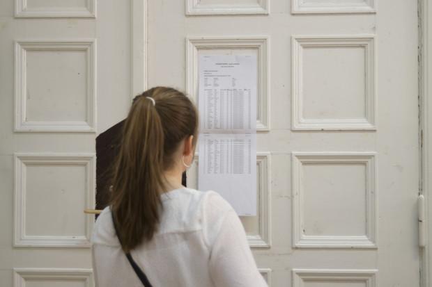 Wyniki egzaminów w ogromnym stopniu decydują o tym, jak w rekrutacji wypadają uczniowie.
