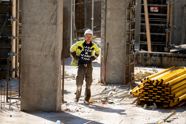 Budowa na Garnizonie, 8 kwietnia 2020