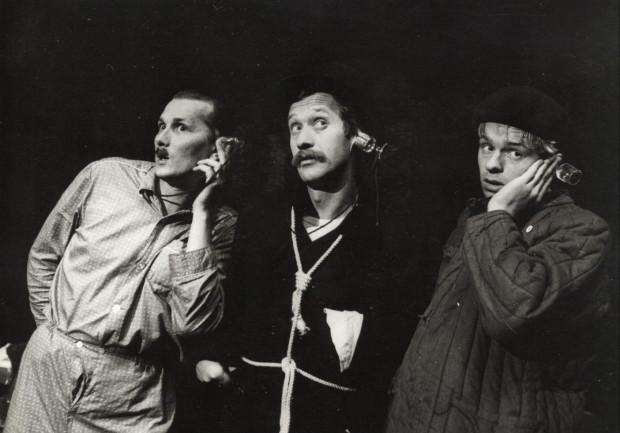 """Do najważniejszych spektakli Ryszarda Majora w Teatrze Wybrzeże należały """"Iwona, księżniczka Burgunda"""", """"Ślub"""" (na zdjęciu) oraz """"Operetka""""."""