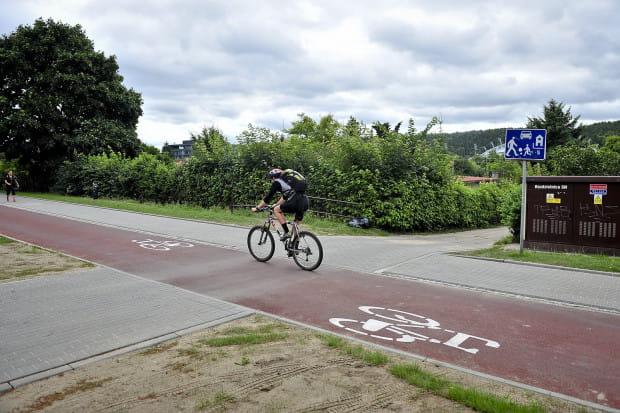 Restrykcje związane z jazdą rowerem w niektórych krajach Europy są znacznie mniejsze niż w Polsce.
