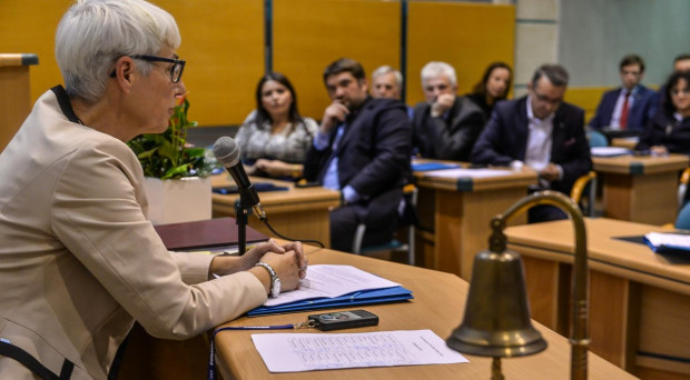 To będzie pierwsza w historii sesja Rady Miasta Gdyni, na której nie będzie... radnych.