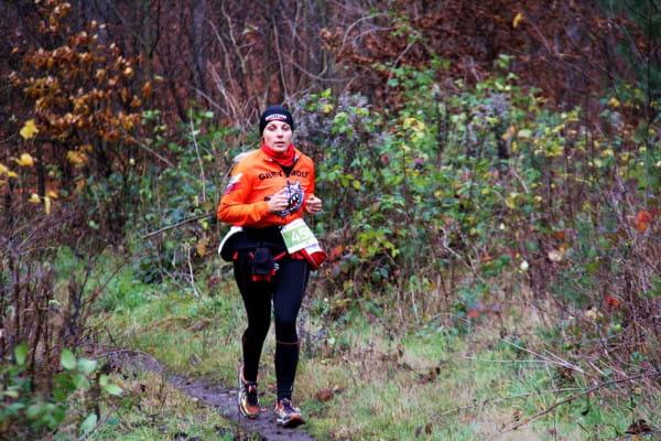 Biegacze mogą wrócić na swoje trasy, ale nadal zalecane jest trenowanie w pojedynkę. Tylko w lasach przebywać można bez zasłoniętych ust i nosa.