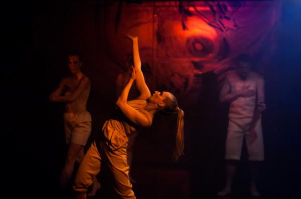 """Z okazji Międzynarodowego Dnia Tańca Sopocki Teatr Tańca udostępni 29 kwietnia nagranie spektaklu """"Przedmiot nieocenionej wartości"""" (nagranie obejrzeć będzie można tylko do 23:30 w dniu premiery)."""