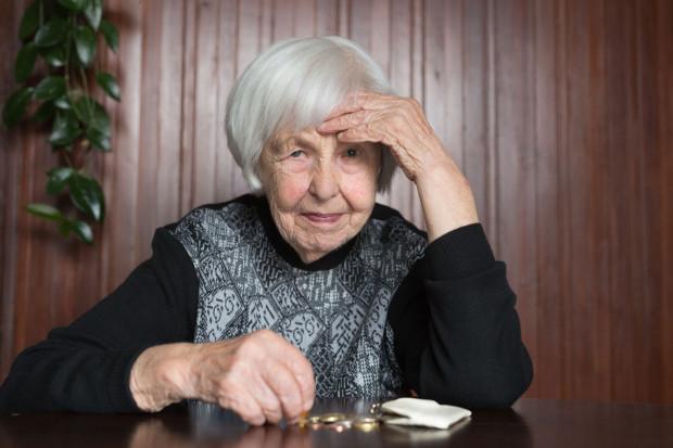 Oszustka ukradła 88-latce pieniądze i biżuterię (zdjęcie poglądowe).