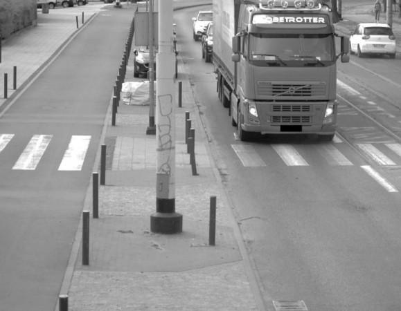 Kamery systemu Tristar codziennie odnotowują kierowców, którzy łamiąc przepisy, przejeżdżają pod wiaduktem.