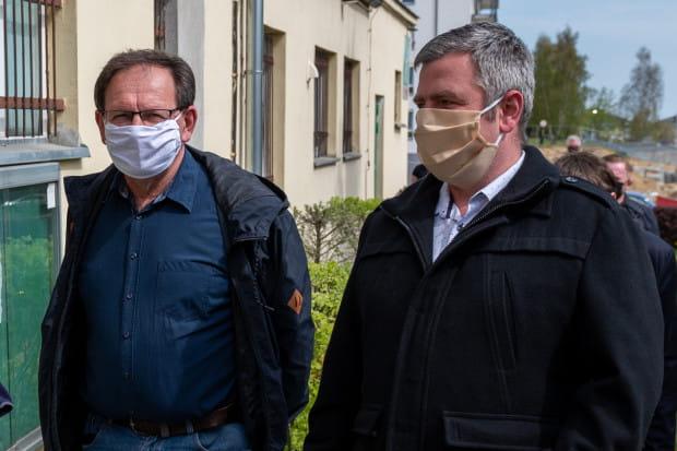 Nowy, jeszcze niewpisany do KRS, zarząd SM Ujeścisko: Cezary Pawłowicz (po lewej) oraz Michał Zając (rozmowa poniżej).
