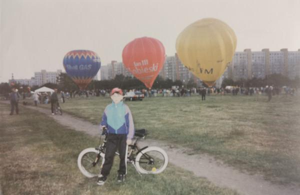Lato 1997 r., pokaz balonów na Zaspie.