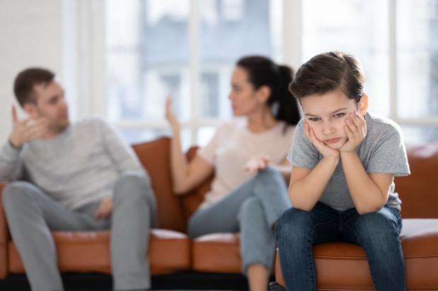 Pandemia koronawirusa sprawiła, że relacje rodzinne zostały wystawione na próbę.