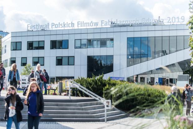 Bardzo możliwe, że w tym roku 45. Festiwal Polskich Filmów Fabularnych w Gdyni nie odbędzie się we wrześniu. Planowane są nowe terminy: późna jesień 2020 lub styczeń 2021 roku.