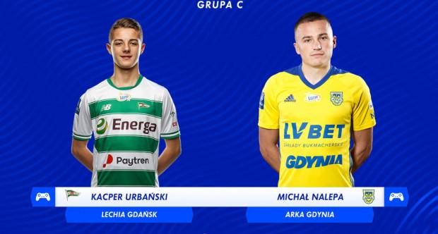 Michał Nalepa (z prawej) w bezpośrednim meczu o awans do ćwierćfinałów Canal+ Ekstraklasa Cup pokonał Kacpra Urbańskiego 5:1. Arka Gdynia gra dalej, Lechia Gdańsk odpadła z turnieju.