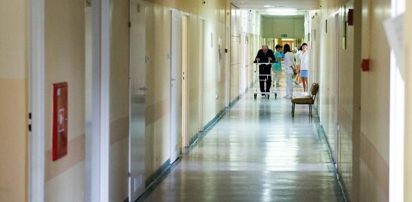 Szpitale na Pomorzu powoli odmrażają planowe zabiegi, rehabilitacje i poradnie.