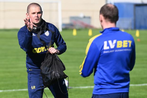 Łukasz Radzimiński, trener przygotowania motorycznego i diagnostyki Arki Gdynia uważa, że żółto-niebiescy pod tym względem są dobrze przygotowani do wznowienia rozgrywek.