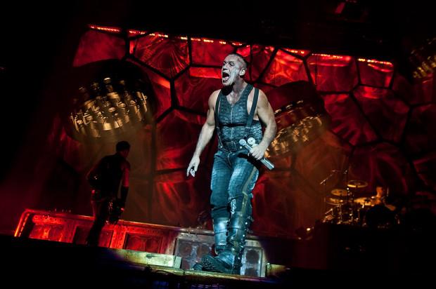 Rammstein wystąpił w Ergo Arenie w 2011 roku, dzień po dniu.