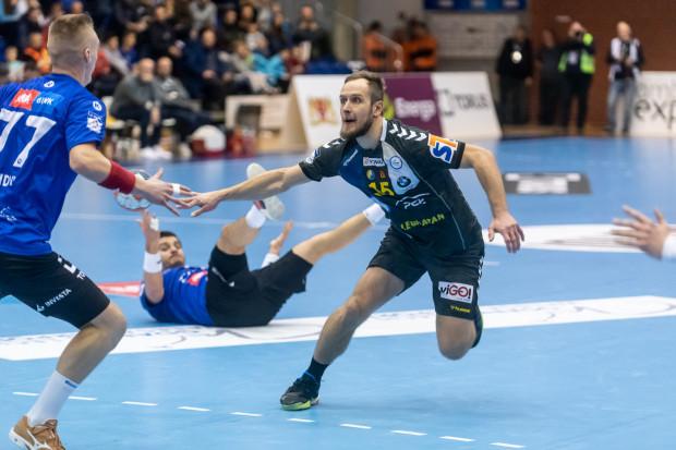 Mateusz Jachlewski do Kielc odchodził z Gdańska w 2006 roku. Nad morze wraca z 11 tytułami mistrza Polski i srebrnym medalem mistrzostw świata. Czy zobaczymy go na parkiecie w barwach Wybrzeża?