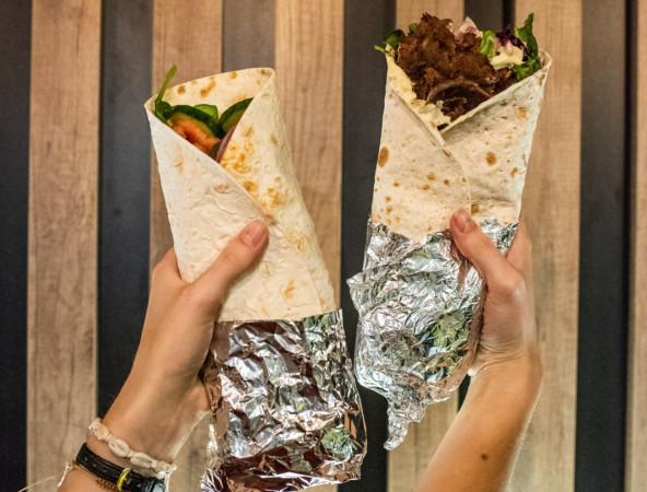 """Nazwa """"kebab"""" obejmuje ponad 20 odmian tej potrawy i nie jest jednoznaczna."""