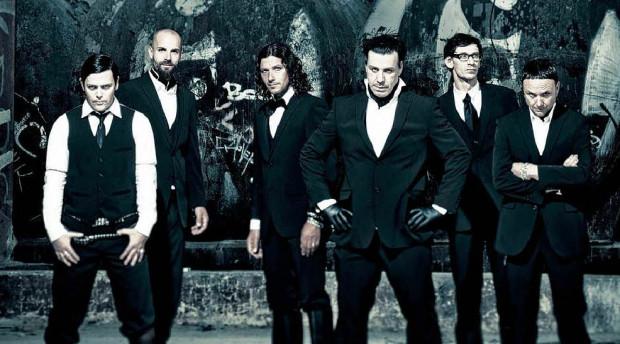 Rammstein to jeden z najpopularniejszych zespołów metalowych na świecie.