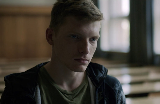 Odtwórca głównej roli, Grzegorz Palkowski, nie jest zawodowym aktorem.