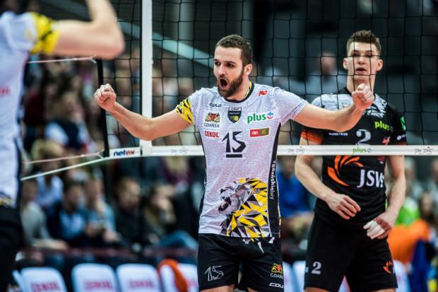 Matuesz Mika z Treflem Gdańsk wywalczył m.in. srebrny i brązowy medal mistrzostw Polski oraz dwa puchary i superpuchar Polski.