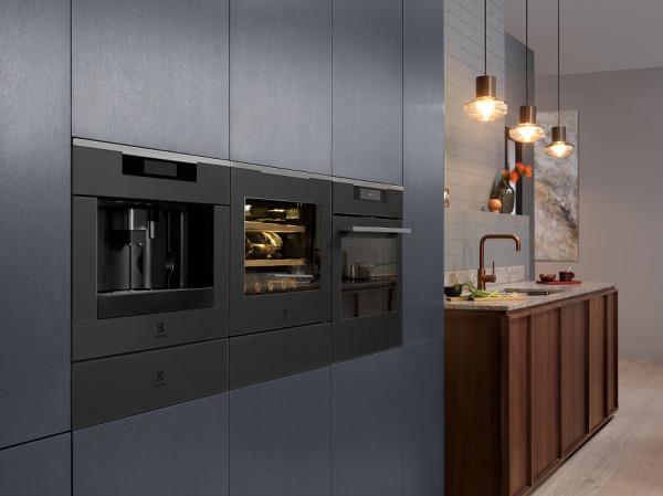 Automatyzacja, funkcje pary czy gotowanie przy użyciu termosondy to jedne z aktualnie dostępnych możliwości w zakresie sprzętów AGD.