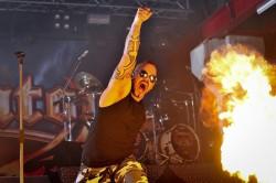 Lider Sabatona to jeden z bardziej charyzmatycznych wokalistów wśród kapel metalowych.