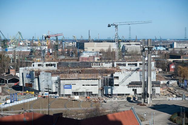 Miasto sądzi się też z wykonawcami Europejskiego Centrum Solidarności.