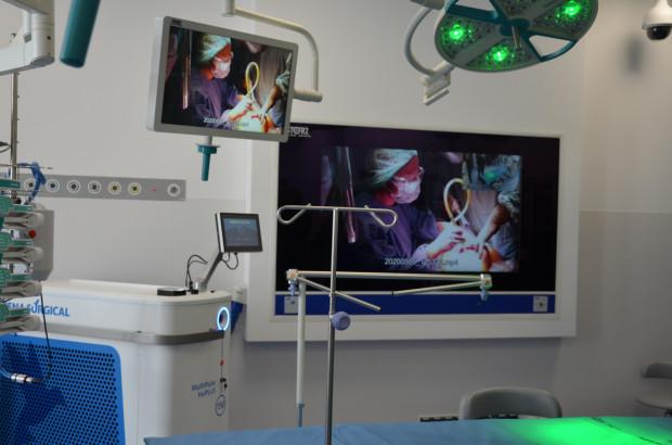 Oddział Urologiczny na Zaspie może się pochwalić jednymi z najnowocześniejszych torów wizyjnych w Europie. Przesyłany obraz wyświetlany jest w technologii 4K.