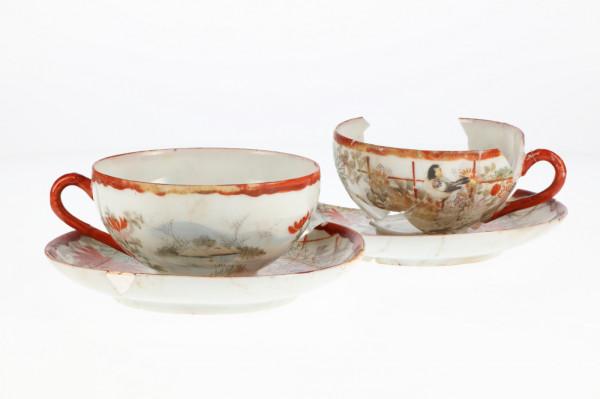 Porcelanowe filiżanki z Japonii. Zbiory MAG.
