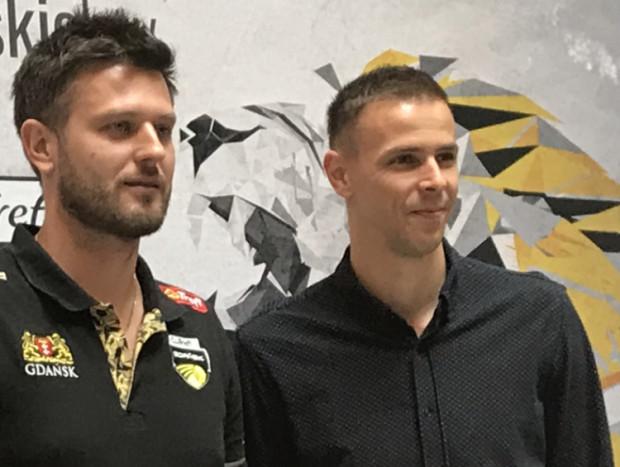 Mariusz Wlazły (z prawej) pracować będzie w Treflu Gdańsk pod batutą Michała Winiarskiego (z lewej), z który sięgał po największe sukcesy reprezentacyjne i klubowe.
