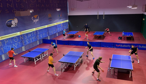 Tenisiści stołowi AZS AWFiS Balta Gdańsk już trenują w hali przy ul. Czyżewskiego, a jesienią zaproszą do niej na mecze Lotto Superligi.